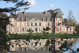 visitez le Château de Courson avec votre taxi depuis Longpont-sur-Orge